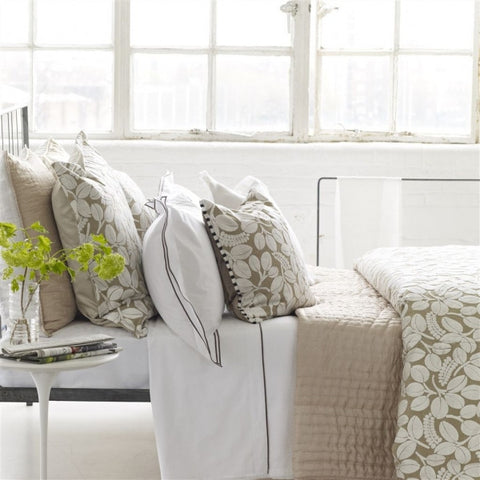 Designers Guild Quilt Chenevard Natural & Chalk-Soft Furnishings-DG-Designers Guild-Standard Quilt 230 x 230cm-Putti Fine Furnishings