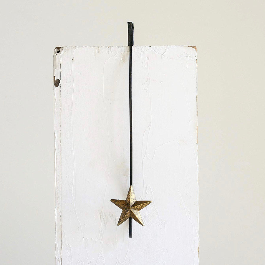 Metal Wreath Holder with Star