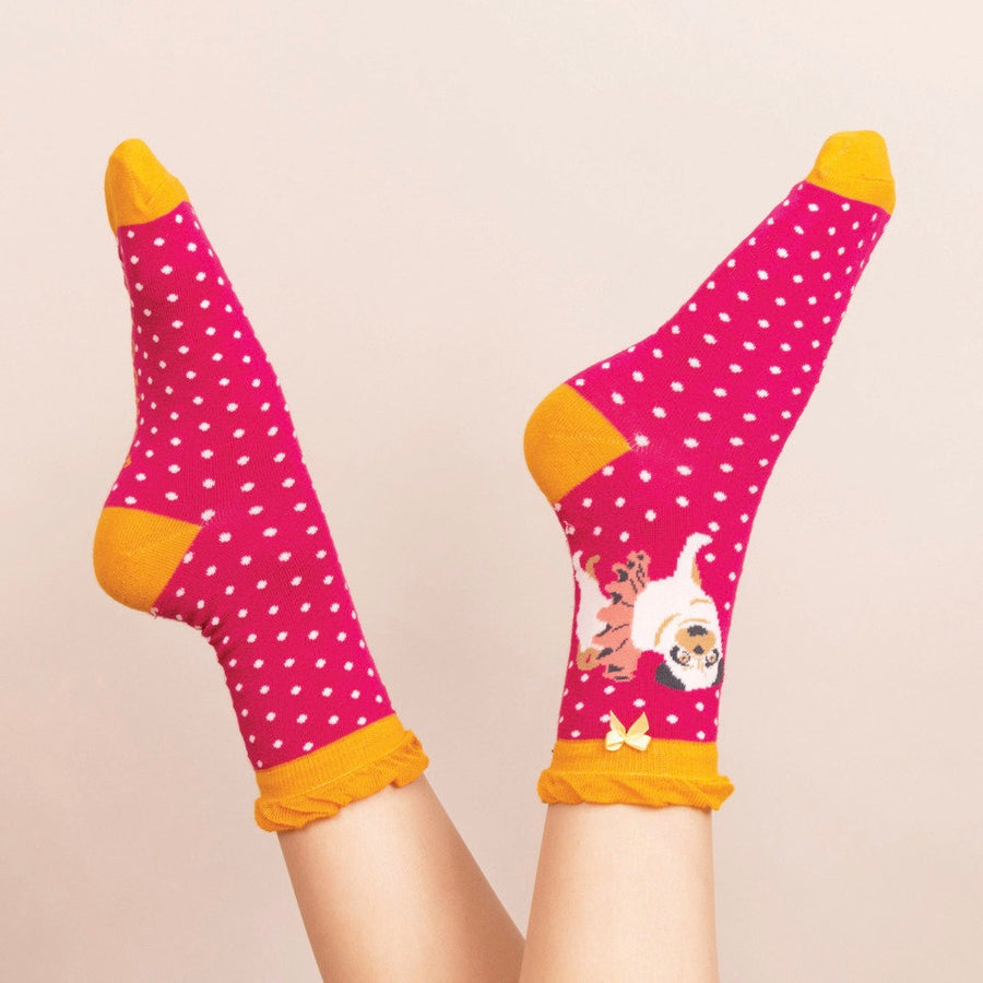 Powder Ballet Pug Ankle Socks - Fuchsia