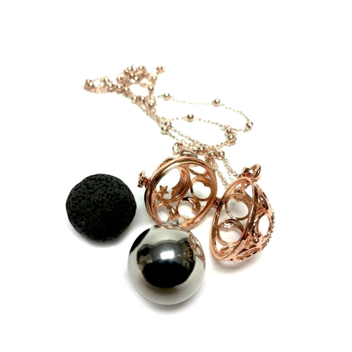 Jacqueline Kent Ornate Diffuser Pod Necklace Set - Rose Gold