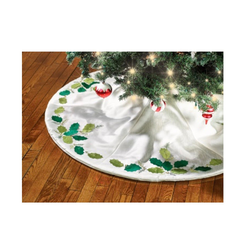 Holly Leaf Round Tree Skirt