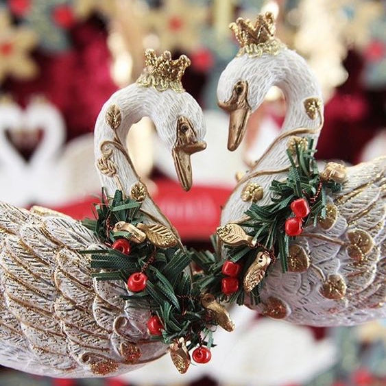White Resin Swan with Crown and Wreath |  Putti Christmas Canada