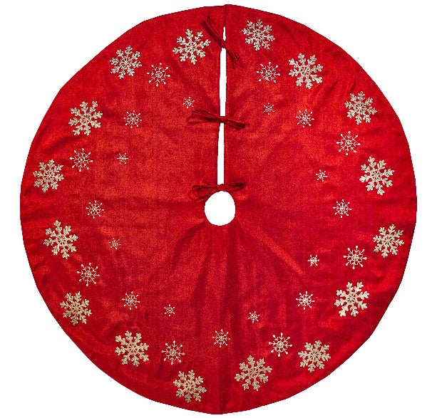 Red Snowflake Round Tree Skirt | Putti Christmas Celebrations Canada