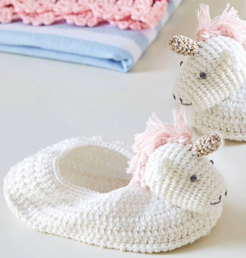 Albetta Crochet Unicorn Booties -  Children's - AUK-Albetta UK - Putti Fine Furnishings Toronto Canada - 3