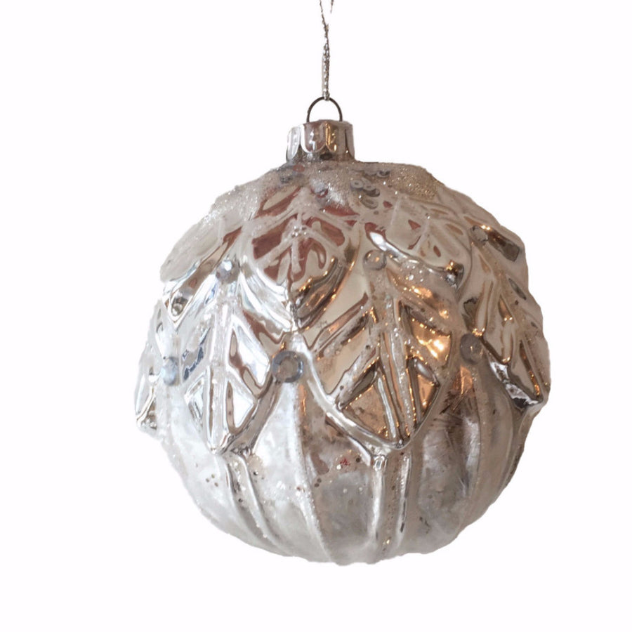 Moulded Silver Leaf Ball