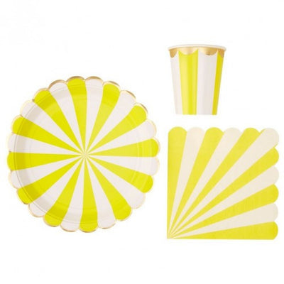 """Toot Sweet"" Yellow and White Striped - Large Paper Plates -  Party Supplies - Meri Meri UK - Putti Fine Furnishings Toronto Canada - 2"