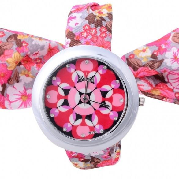 Girl Floral Cloth Fabric Band Lace Up Bracelet Watch Wristwatch Quartz