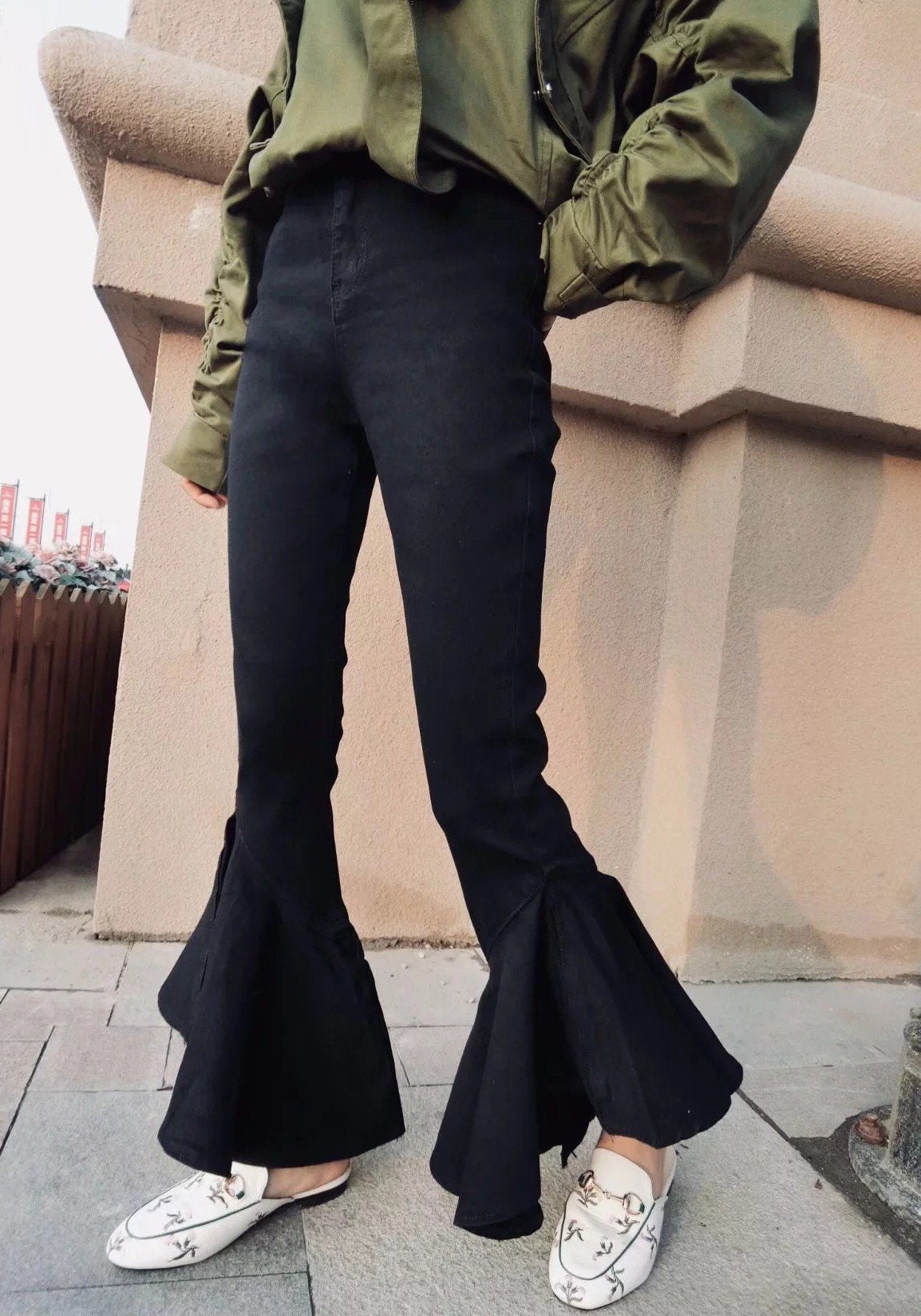 Black Buttons Irregular High Waisted Mom Going out Flare Bell Bottom Long Jeans