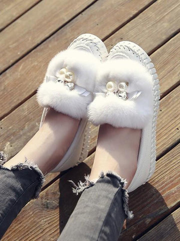 White Round Toe Flat Rhinestone Pearl Casual Shoes