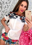 White Patchwork Appliques Buttons Round Neck Short Sleeve Blouse