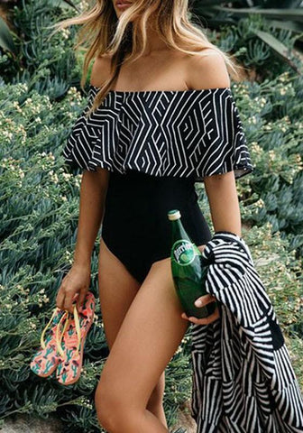 Black-White Geometric Print Ruffle Boat Neck Off Shoulder Two Piece Swimwear