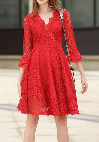 New Red Patchwork Lace Draped Zipper V-neck Midi Dress
