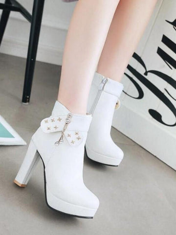 New White Round Toe Chunky Rhinestone Rivet Fashion Ankle Boots