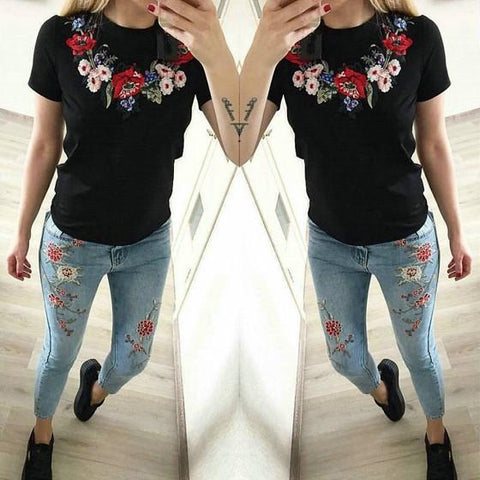 Black Flowers Embroidery Round Neck Short Sleeve Slim T-Shirt