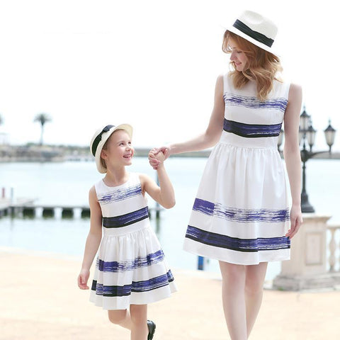 Striped Dress European and American Style Family Matching Outfits Mother Or Daughter Dress Sleeveless Party Dress