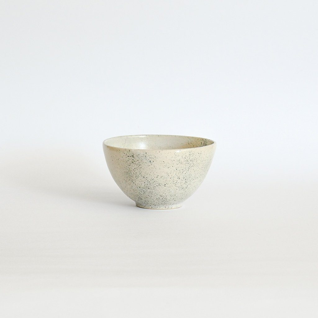 Supernova bowl in grey Bowls Clarina Ceramics