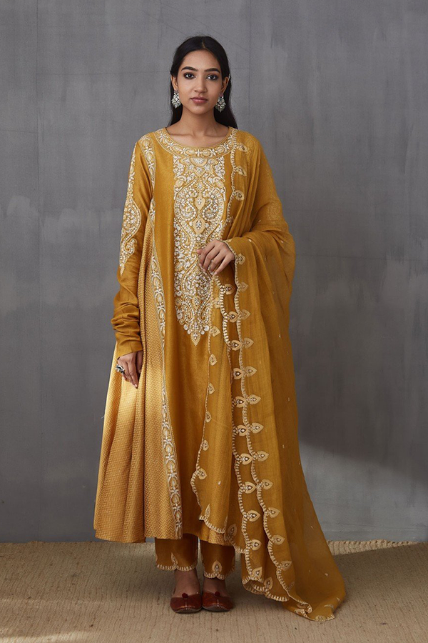Sarson Aari Waraq Ghera Dress with Pants and Dupatta
