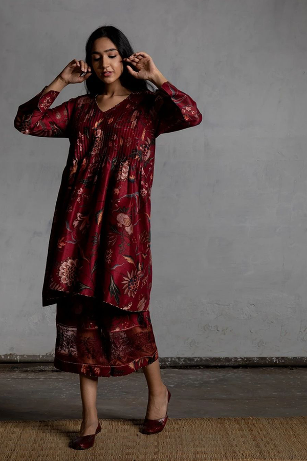 Bhura Anardana Chintz Chanderi Pleated Kurta