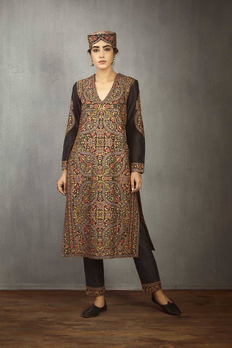 Nisha Bhari Kurta with Pant set