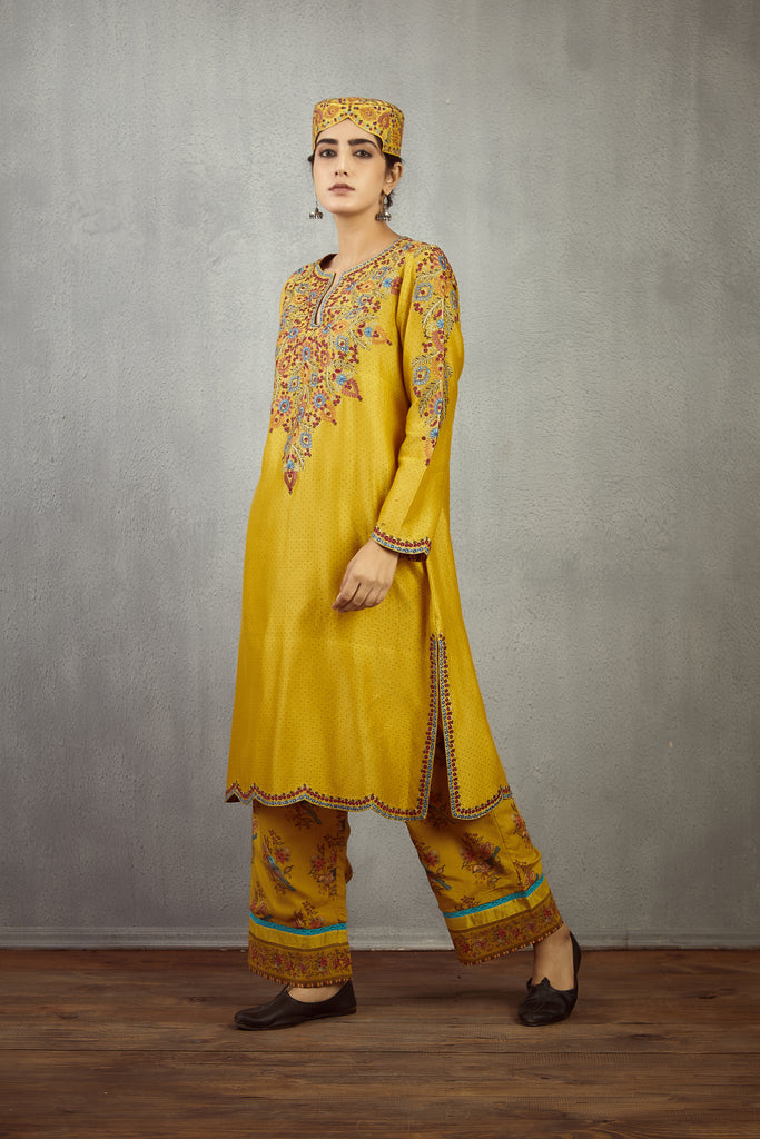 sunehra ari waraq sehmat Kurta and pants