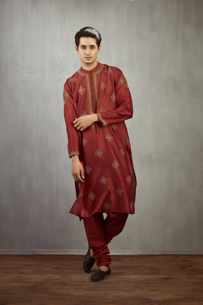 Gudhal Kasuti Embroidered Himang Kurta Set
