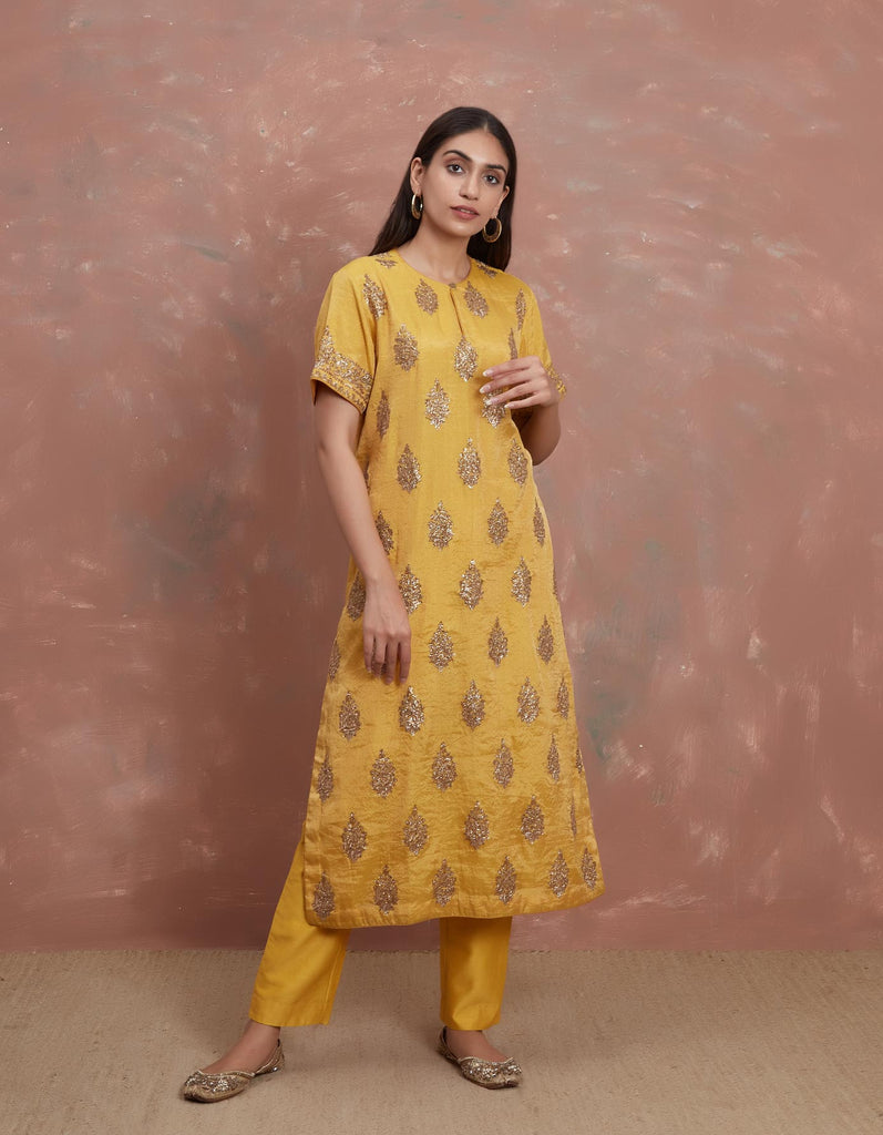Yellow Tissue Pitta Waraq Kurta with a Patloon