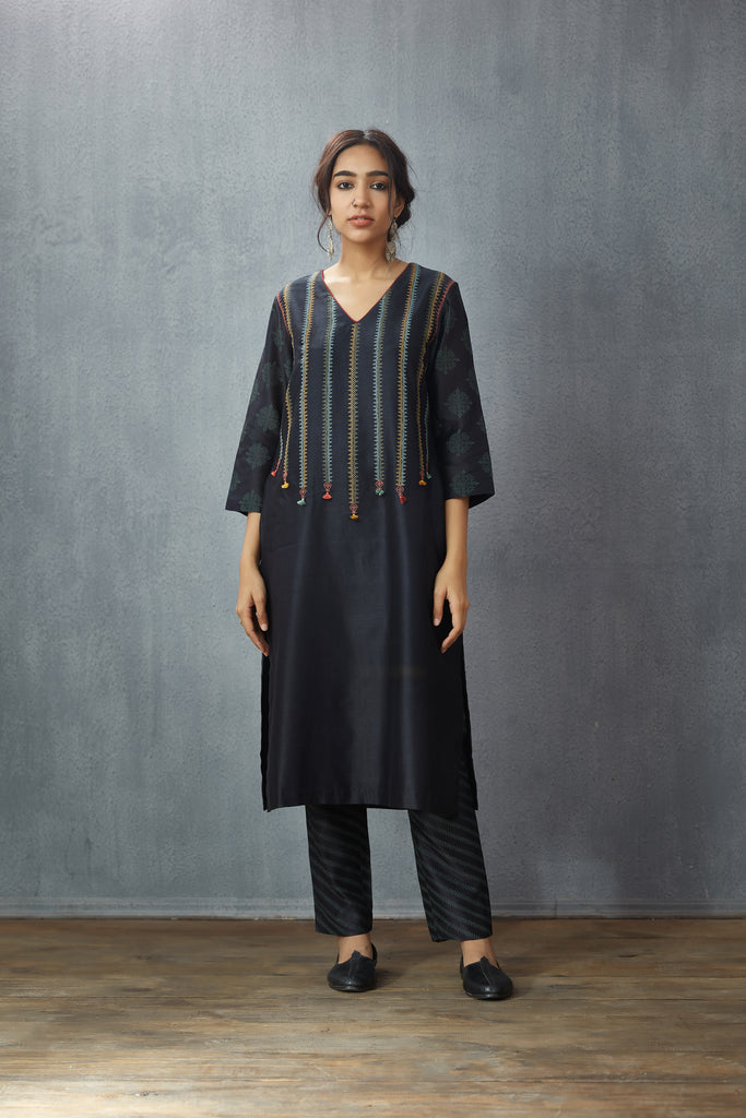Chanderi 'Vaahida' kurta set