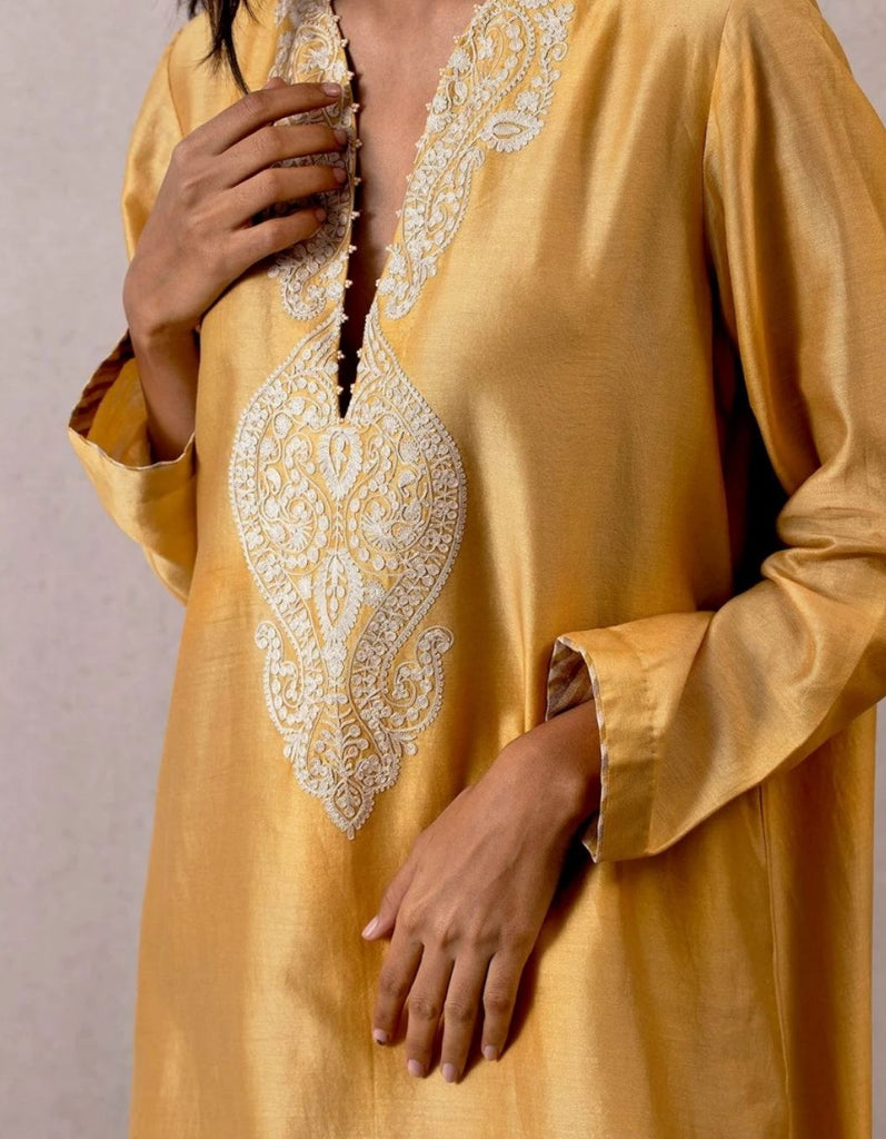 Yellow Long Sindhi Kaftan Kameez with Aari Waraq