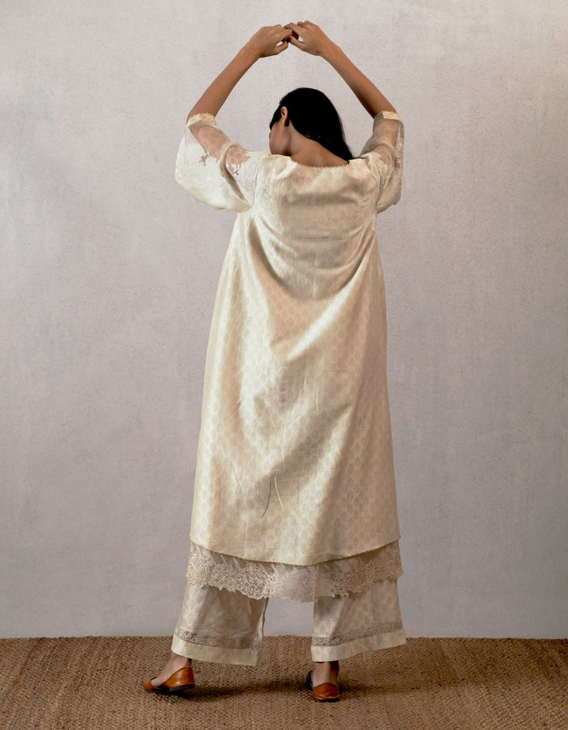 Mahtab jhulan chanderi block printed cholo with cutwork sleeves