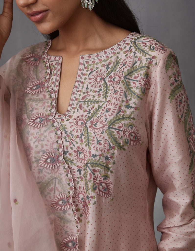Gulabi Bindu Aari Waraq Kurta with Pants and Dupatta