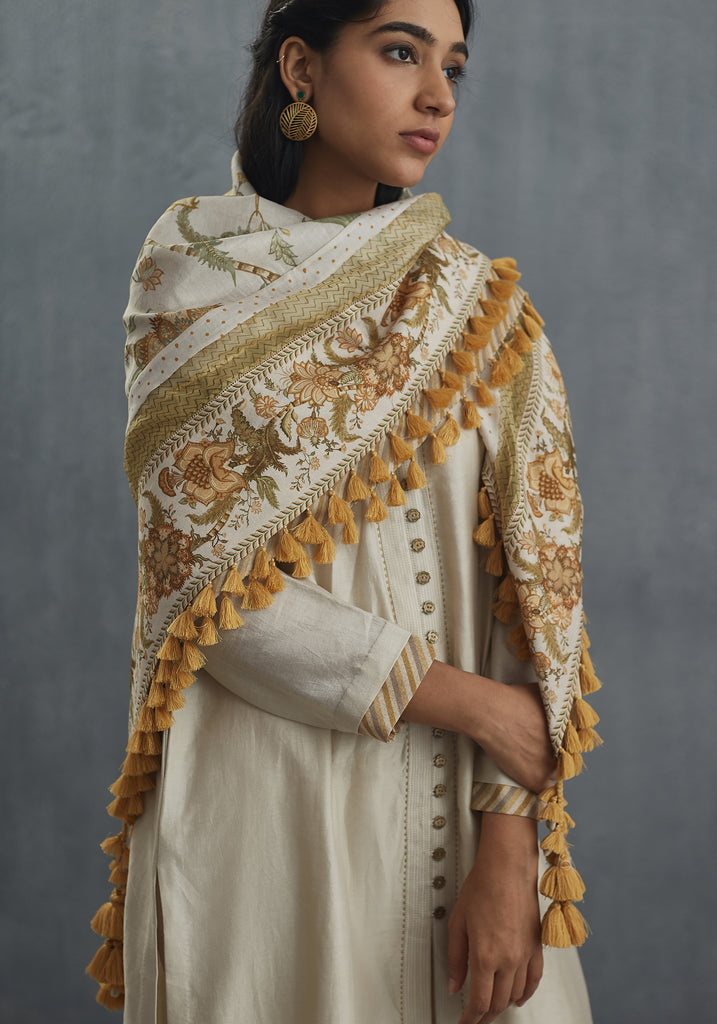 Sarson cheent dupatta with all over tassels