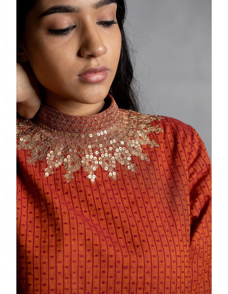Narangi Gold Embroidered Cotton Kurta