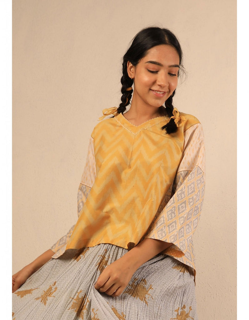 Sarson Dhaari Ikkat Top With Barfi Ikkat Sleeve