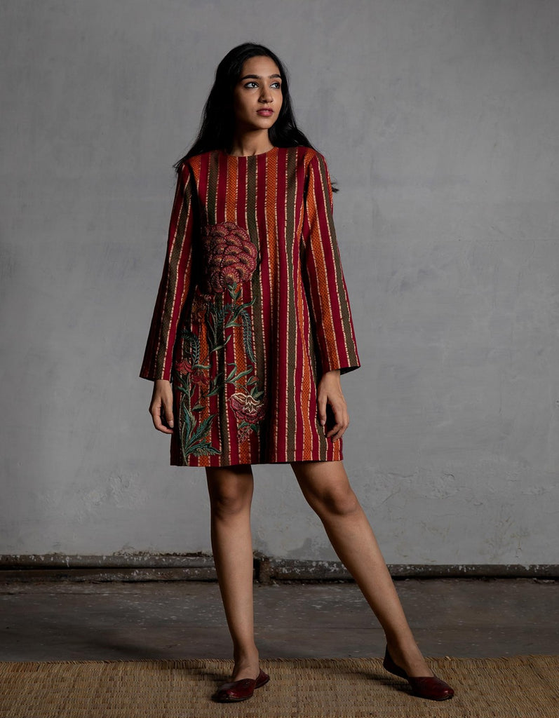 Sindhdi Stripes Kurta With Embroidered Chintz
