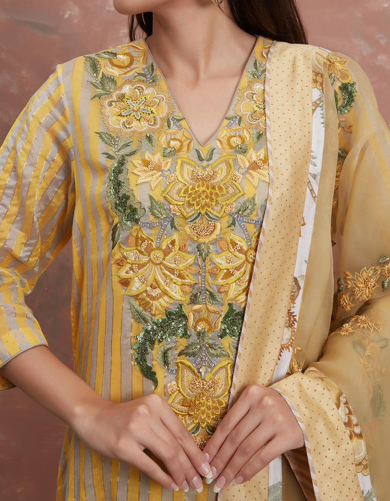Sarson Leheriya Embroidered Odhani