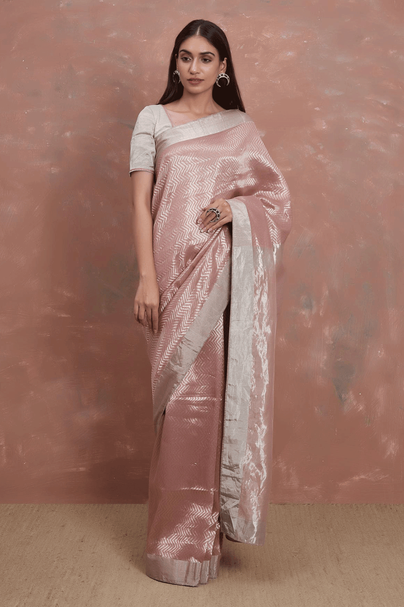 Gulabi Khajoora Tissue Handwoven Saree Set