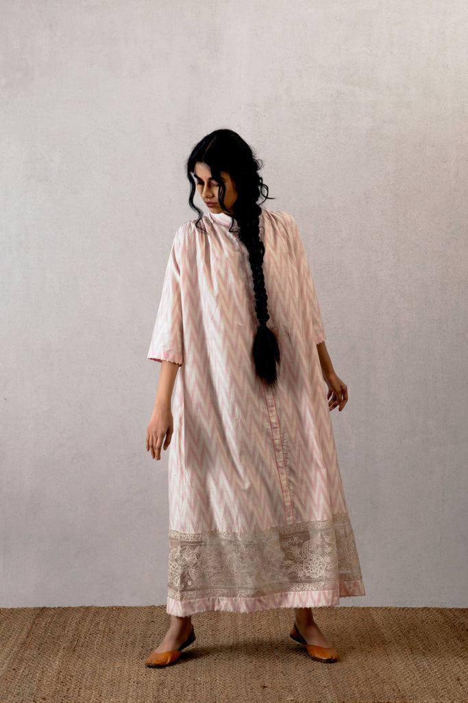 Gulabi Jhulan ikat julaba with embroidered border