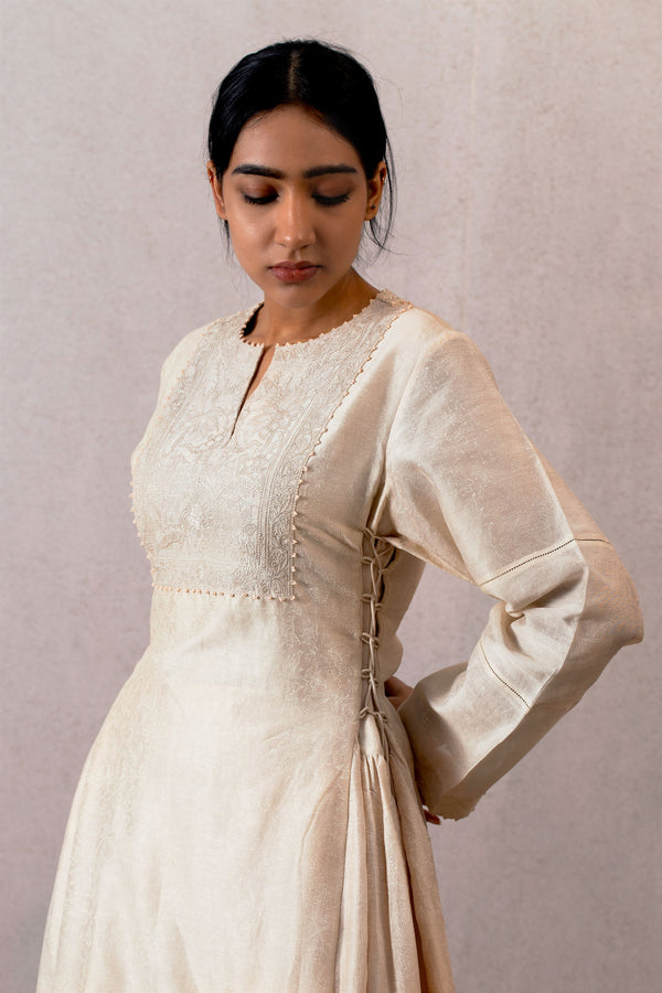 Mahtab Jhulan chanderi cholo with embroidered yoke