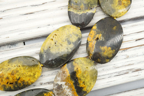 Bumblebee Jasper 22-28mm oval beads (ETB00551)