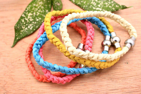 Fashionable gift/ birthday/ for her/ anniversary/ 100% handmade silk braided bracelets Summer/ bright colours (ETO00001)