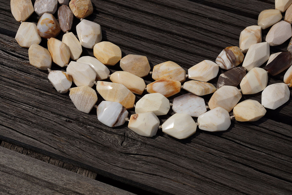 (SPL00024) Petrified Honey Palm Wood square flat beads