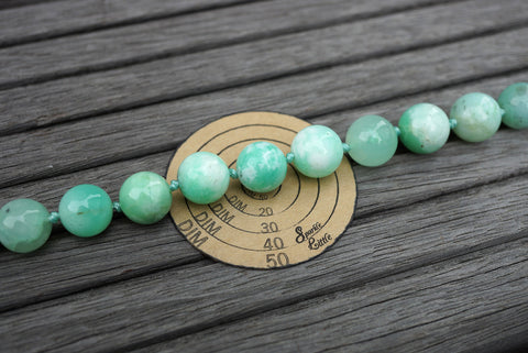 (SPL00086) Chrysoprase 12-13.5mm round beads