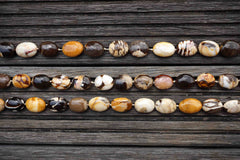 Rare & beautiful Australian Fossil Peanut Wood 13-15mm oval beads (ETB00593)