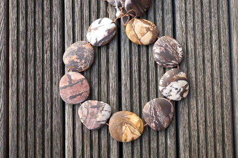 Australian Outback Jasper in matte 32-44mm freeform beads (ETB00561)