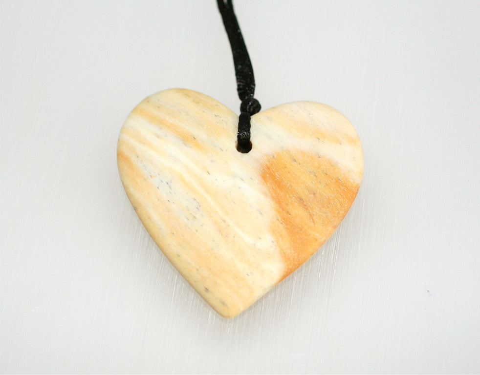 Matte Honey Palm Wood Heart Shape Pendant (ETP00014)