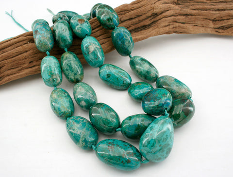 Natural Amazing blue Peruvian Chrysocolla A grade pebble beads (ETB01252)