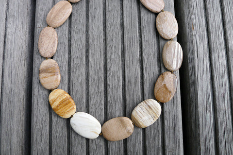 (SPL00029) Petrified Wood medium oval flat beads