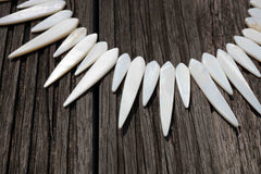 White Mother of Pearl / MOP 8-11mm marquise beads (ETB00368)