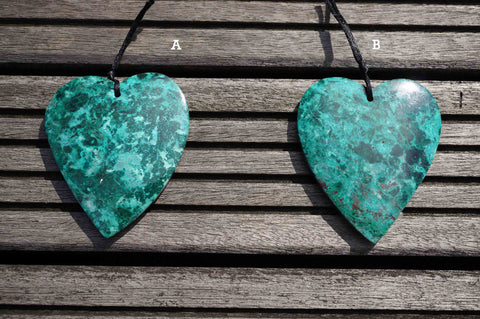 Natural Amazing blue Peruvian Chrysocolla heart shape pendant  (ETP00122)