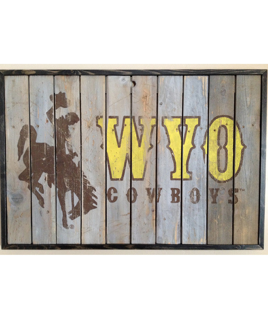 A023 Wyoming Cowboys Painting